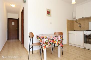 Blaževo, Dining room in the apartment, dopusteni kucni ljubimci i WIFI.