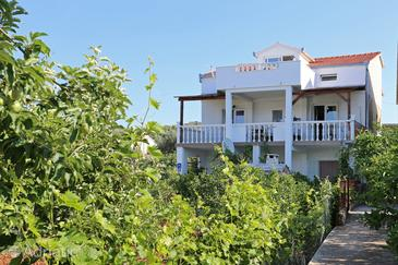 Poljica, Trogir, Property 10237 - Apartments near sea with pebble beach.