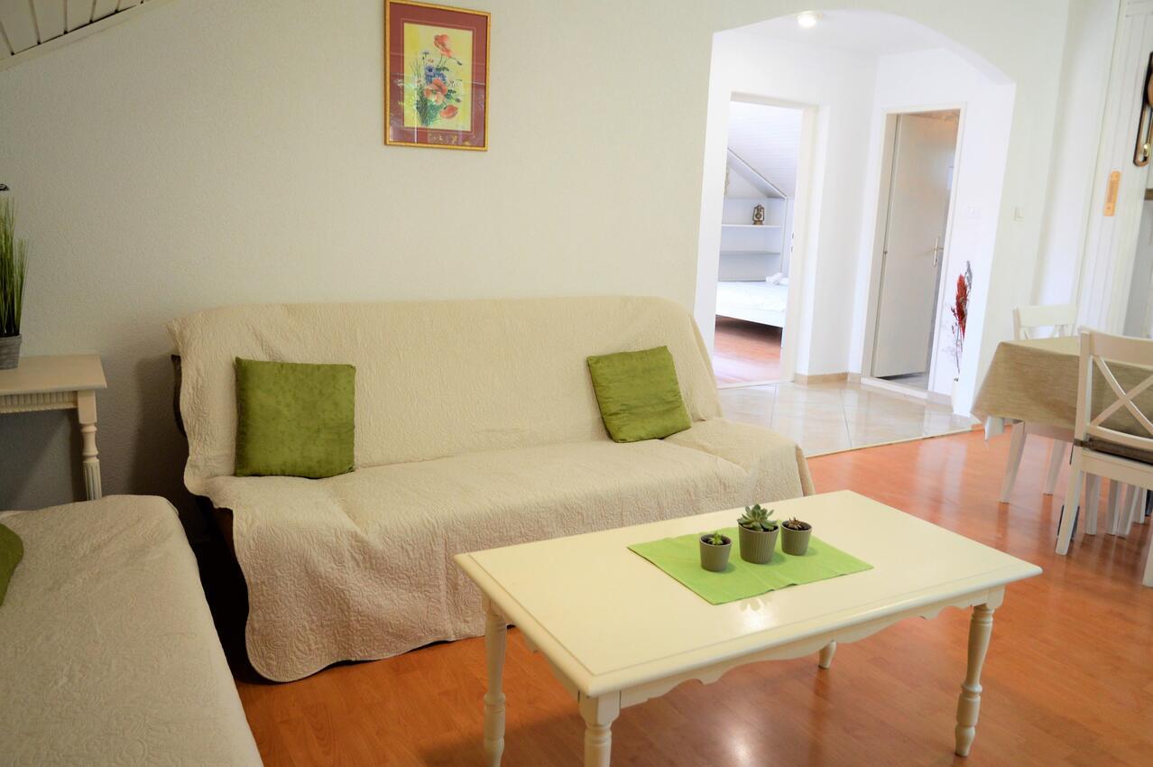 Holiday apartment im Ort Marina (Trogir), Kapazität 4+2 (1495735), Marina (HR), , Dalmatia, Croatia, picture 2