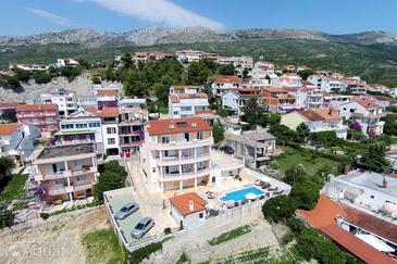 Podstrana, Split, Property 10248 - Apartments with pebble beach.