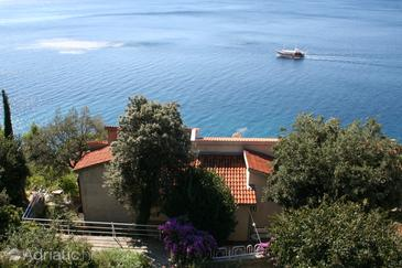 Stanići, Omiš, Property 1028 - Apartments near sea with pebble beach.