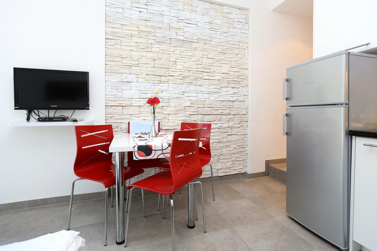 Holiday apartment im Ort Due (Omia), Kapazität 2+2 (1495738), Omiš, , Dalmatia, Croatia, picture 3