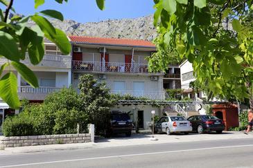 Duće, Omiš, Objekt 10304 - Ubytování v blízkosti moře s písčitou pláží.