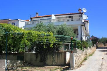 Zečevo Rtić, Rogoznica, Property 10307 - Apartments with pebble beach.