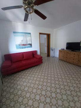 Stanići, Salon dans l'hébergement en type apartment, animaux acceptés et WiFi.