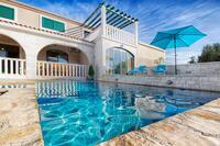 Дом для семьи с бассейном Марина - Marina (Трогир - Trogir) - 10317