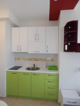 Ražanj, Кухня в размещении типа studio-apartment, Домашние животные допускаются и WiFi.