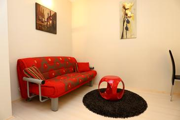 Stanići, Obývací pokoj v ubytování typu apartment, klimatizácia k dispozícii a WiFi.