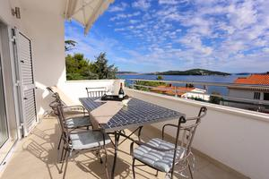 Apartments by the sea Seget Vranjica (Trogir) - 10328