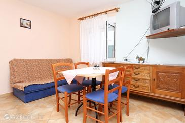 Promajna, Dining room in the apartment, WiFi.