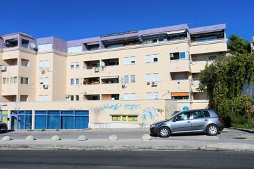 Podstrana, Split, Objekt 10332 - Ubytovanie blízko mora s kamienkovou plážou.