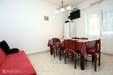 Trogir, Jídelna v ubytování typu apartment, s klimatizací a WiFi.