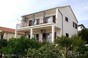 Seget Vranjica, Trogir, Property 1034 - Apartments by the sea.