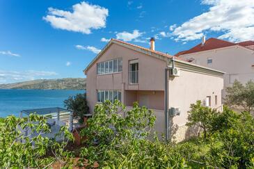 Poljica, Trogir, Objekt 10353 - Ubytování v blízkosti moře.