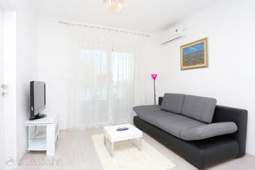 Omiš, Woonkamer in the apartment, air condition available en WiFi.