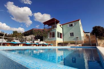 Kanica, Rogoznica, Property 10367 - Vacation Rentals with pebble beach.