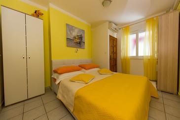 Bedroom    - A-10372-b