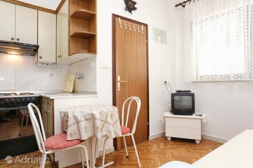 Ražanj, Столовая в размещении типа studio-apartment, WiFi.