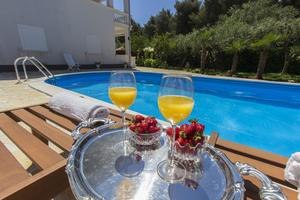 Apartments with a swimming pool Vodice - 10408