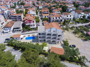 Vodice, Vodice, Property 10408 - Apartments with pebble beach.