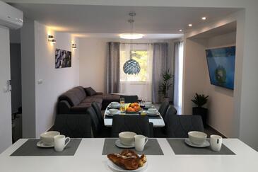 Mudri Dolac, Living room in the apartment, WiFi.