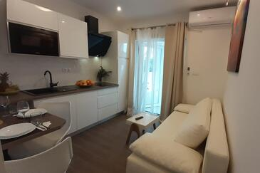 Mudri Dolac, Гостиная в размещении типа studio-apartment, доступный кондиционер и WiFi.