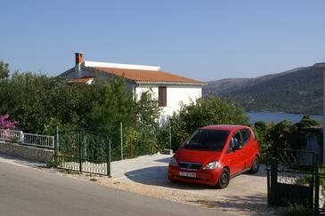 Marina, Trogir, Szálláshely 1062 - Apartmanok kavicsos stranddal.