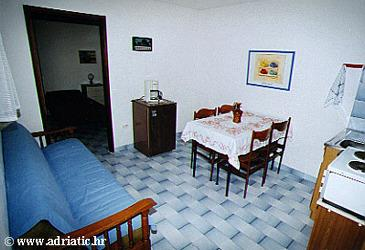 Seget Vranjica, Dining room in the apartment.