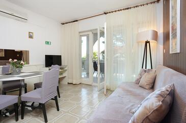 Balića Rat, Obývacia izba v ubytovacej jednotke apartment, dopusteni kucni ljubimci i WIFI.