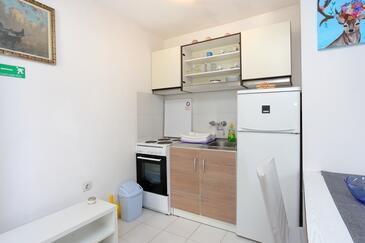 Balića Rat, Kuchyňa v ubytovacej jednotke studio-apartment, dopusteni kucni ljubimci i WIFI.