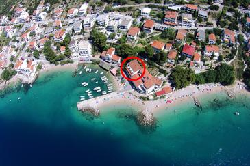 Pisak, Omiš, Property 1070 - Apartments near sea with pebble beach.