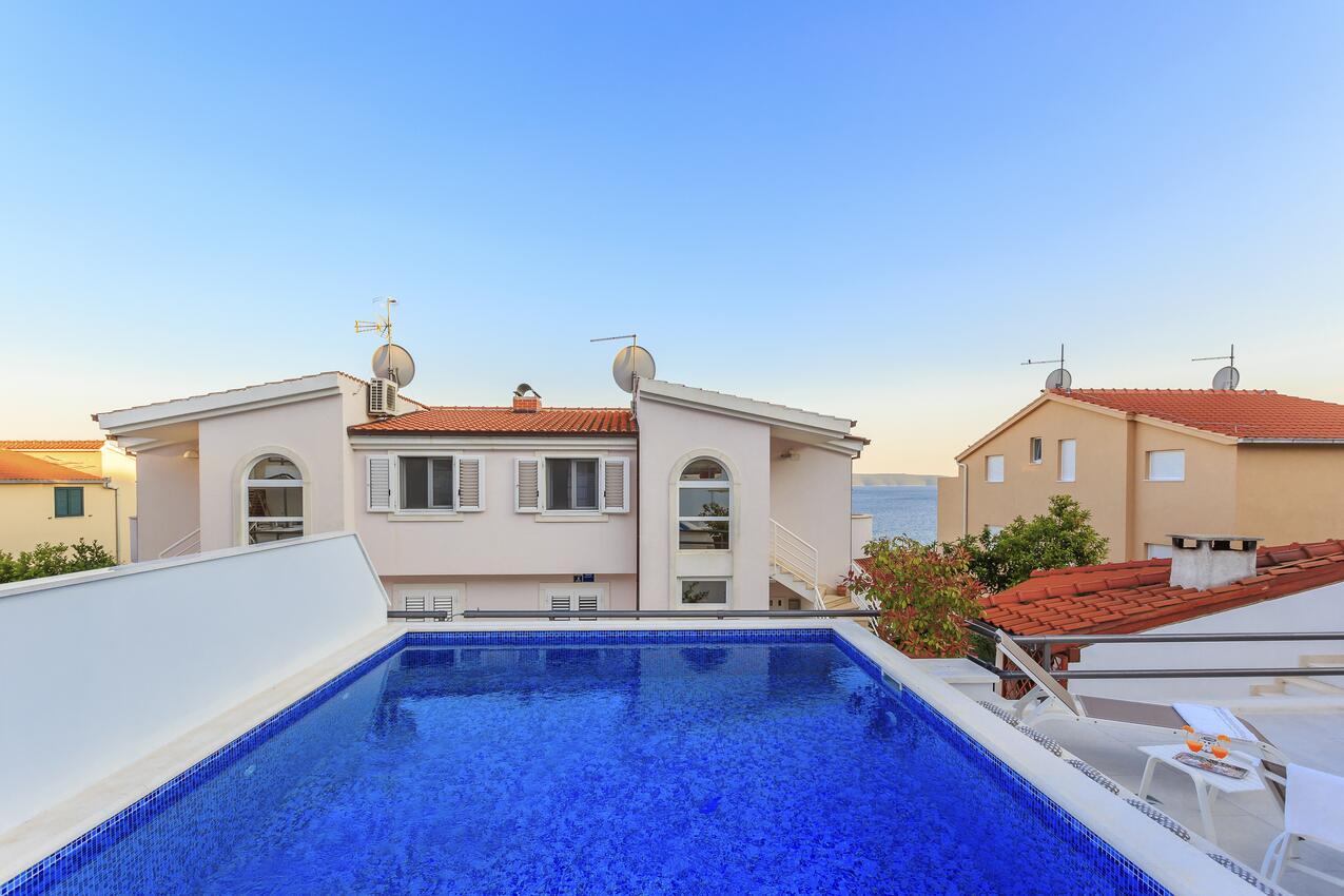 Chorvatsko apartmány s bazénem