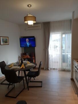 Rogoznica, Blagovaonica u smještaju tipa apartment, dostupna klima i WiFi.