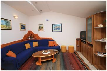 Rogoznica, Dnevna soba v nastanitvi vrste apartment, dostopna klima in WiFi.