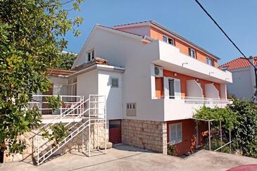 Hvar, Hvar, Imobil 109 - Apartamente și camere cu plajă cu pietriș.