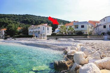 Slatine, Čiovo, Obiekt 1098 - Apartamenty przy morzu ze żwirową plażą.