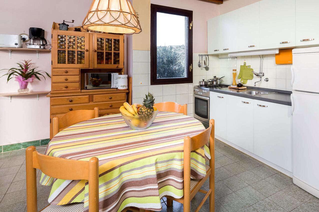 Ferienhaus Haus im Ort Kanica (Rogoznica), Kapazität6+2 (1012399), Kanica, , Dalmatien, Kroatien, Bild 6
