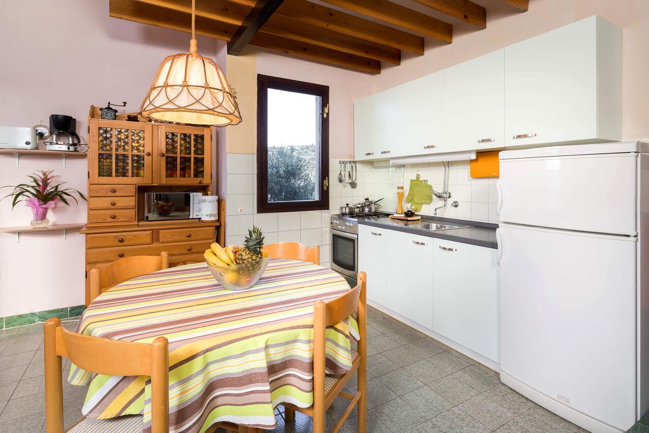 Ferienhaus Haus im Ort Kanica (Rogoznica), Kapazität6+2 (1012399), Kanica, , Dalmatien, Kroatien, Bild 8