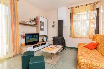 Kanica, Obývací pokoj v ubytování typu house, s klimatizací a WiFi.