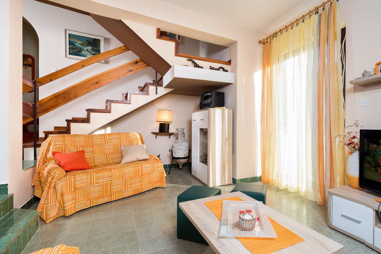 Ferienhaus Haus im Ort Kanica (Rogoznica), Kapazität6+2 (1012399), Kanica, , Dalmatien, Kroatien, Bild 3
