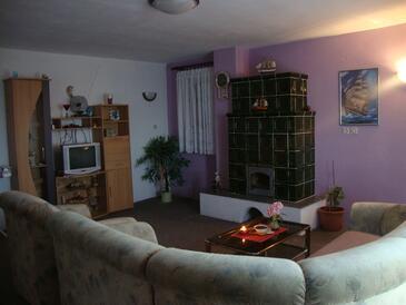 Kali, Pokój dzienny w zakwaterowaniu typu apartment, Dostępna klimatyzacja i WiFi.