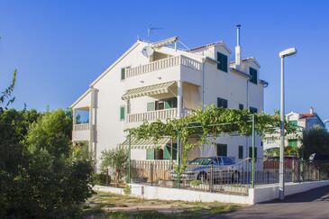 Vodice, Vodice, Property 11032 - Apartments with pebble beach.