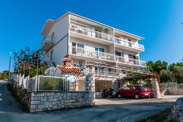Kanica, Rogoznica, Property 1105 - Apartments near sea with pebble beach.