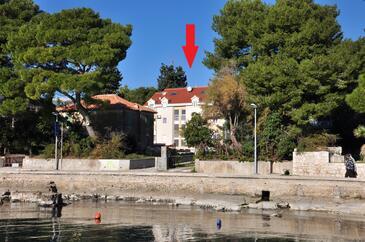 Kaštel Stari, Kaštela, Property 11053 - Apartments near sea with pebble beach.