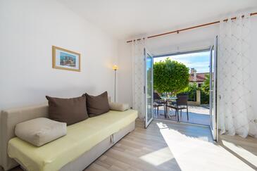Brist, Obývací pokoj v ubytování typu apartment, s klimatizací a WiFi.