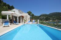 Family friendly apartments with a swimming pool Trstenik (Pelješac) - 11081