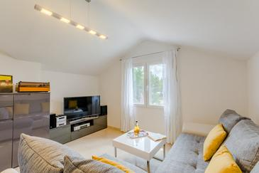 Milna, Obývací pokoj v ubytování typu apartment, WiFi.