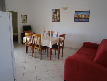 Mavarštica, Living room in the apartment, WIFI.