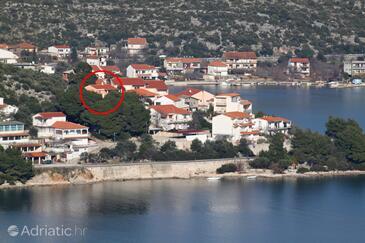 Poljica, Trogir, Objekt 11103 - Ubytování v blízkosti moře s oblázkovou pláží.