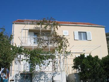 Banići, Dubrovnik, Property 11120 - Apartments with pebble beach.